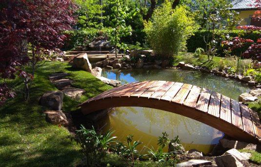 Jardin-japones-en-cercedilla-04-vista-del-puente-curvo