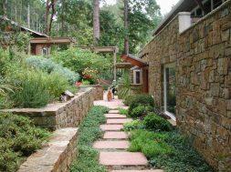 Senderos Y Caminos En El Jardin Jardn y terraza Casa Rural Camino Piedras